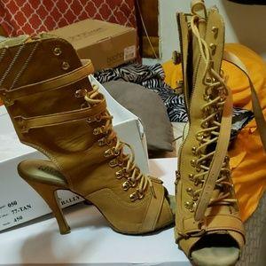 WildPair boots